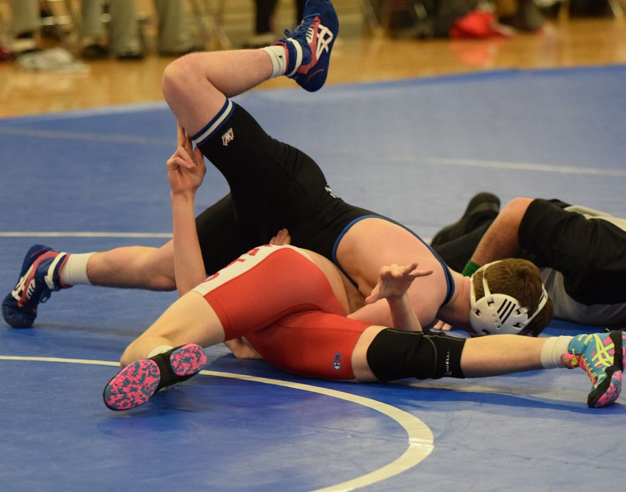 Kanin Hable pinning his opponent