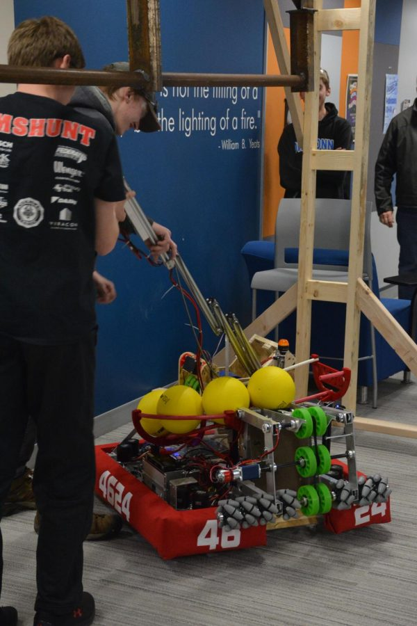 Arm of the robot has a small malfunction after successful lift