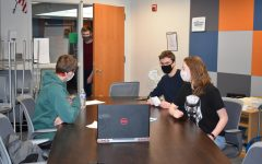 Knowledge Bowl Team prepares for their competition