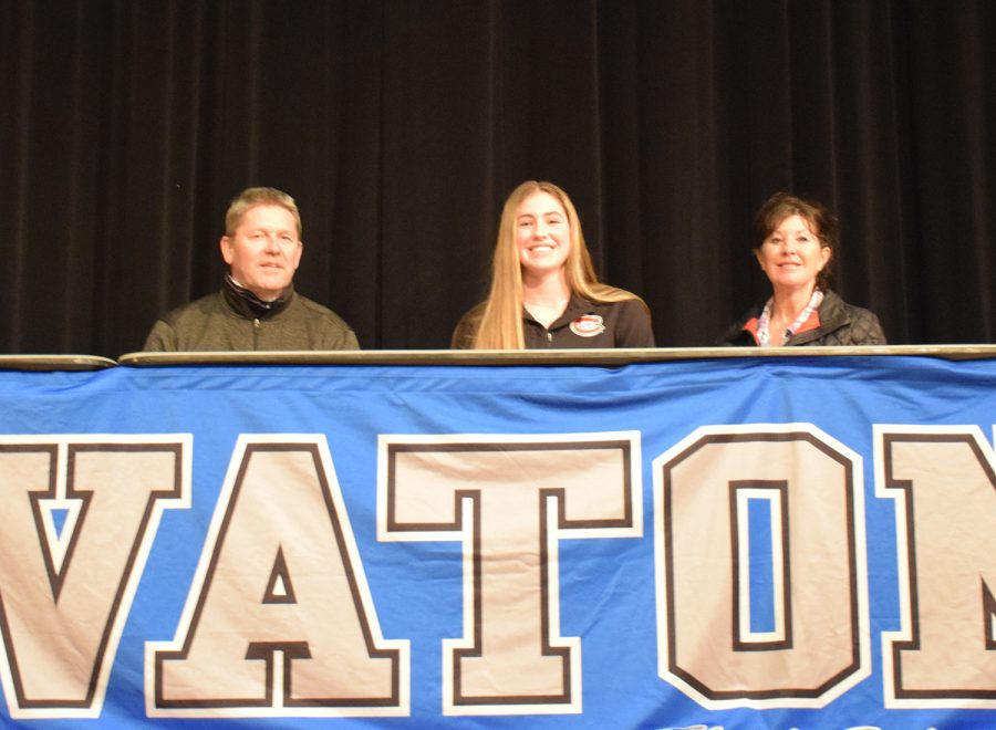 Grace Wolfe signs to play Division I hockey at St. Cloud State University
