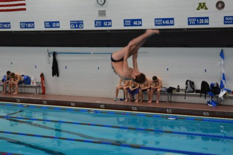 Huskies Diver Jacob Fast advanced to the Minnesota State Swimming and Dive Tournament