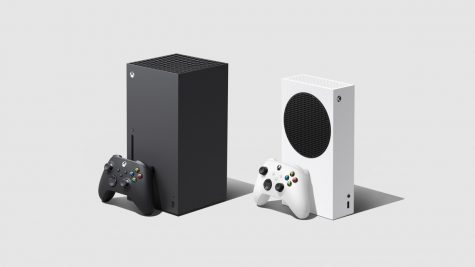 Xbox series x and Xbox series s with the new controller in both colors