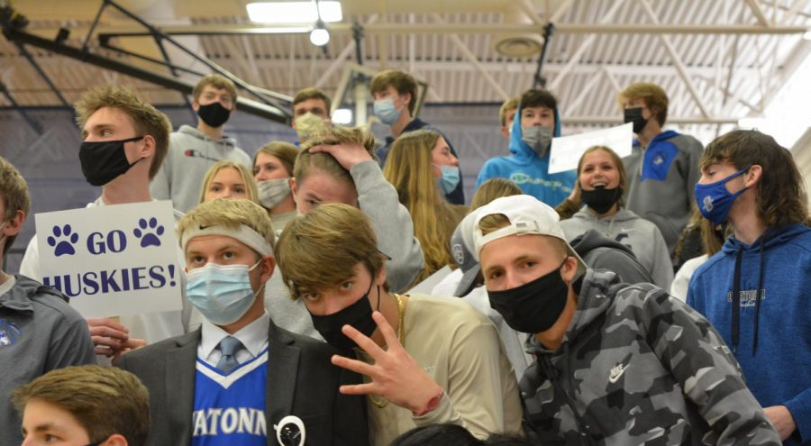OHS Student Section cheering for the Huskies