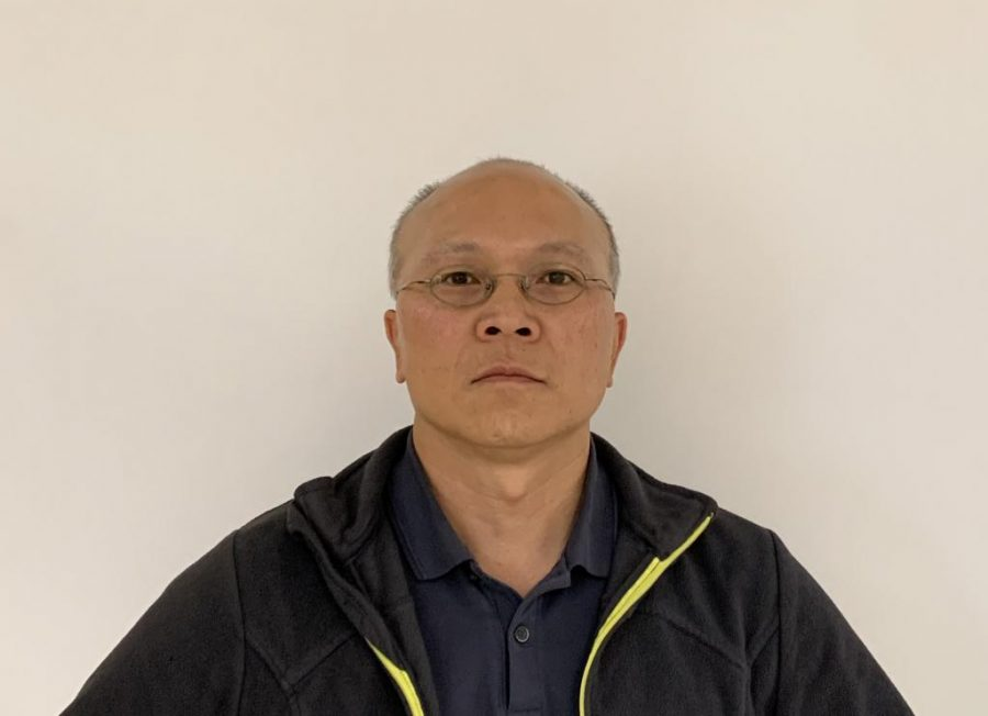 Mr.+Dam+Nguyen%3A+Biology+teacher+at+OHS+shares+his+life+story+and+experiences+to+Magnet%0A