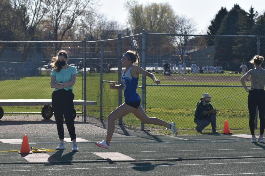 Ava Wolfe sprinting to the finish line