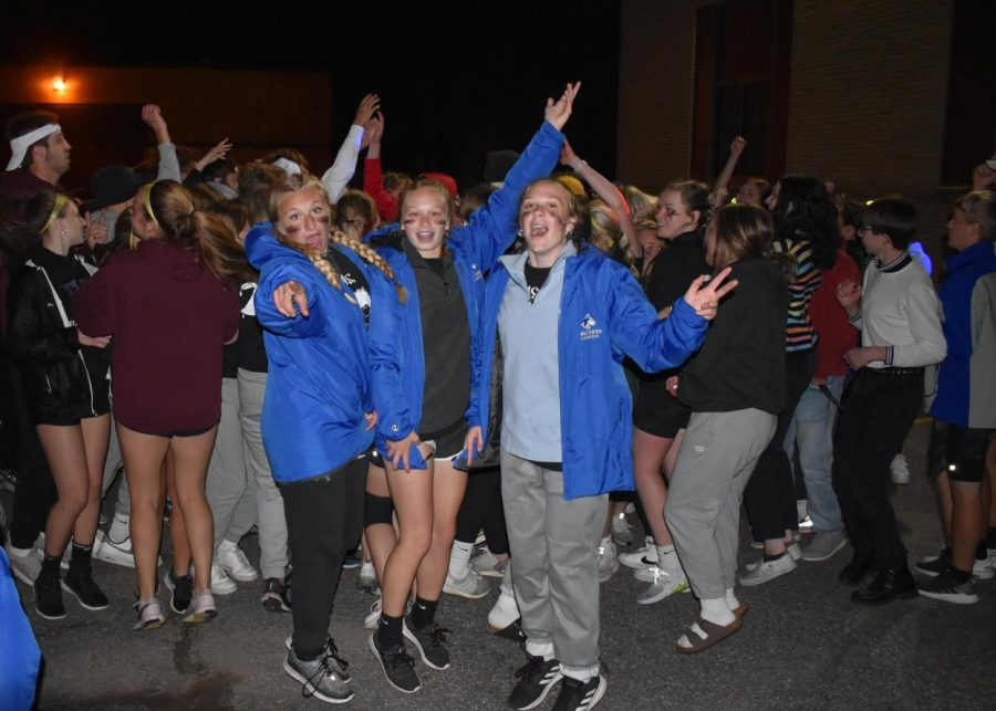 A group of OHS girls dancing at the last chance dance