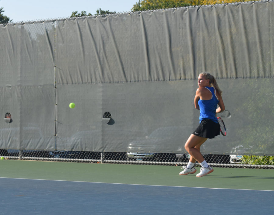 Olivia Herzog about to send the ball back with her backhand