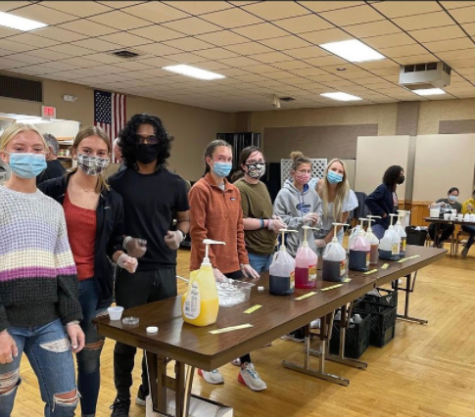 Key Club members helping at benefit  breakfast (Photo submitted)